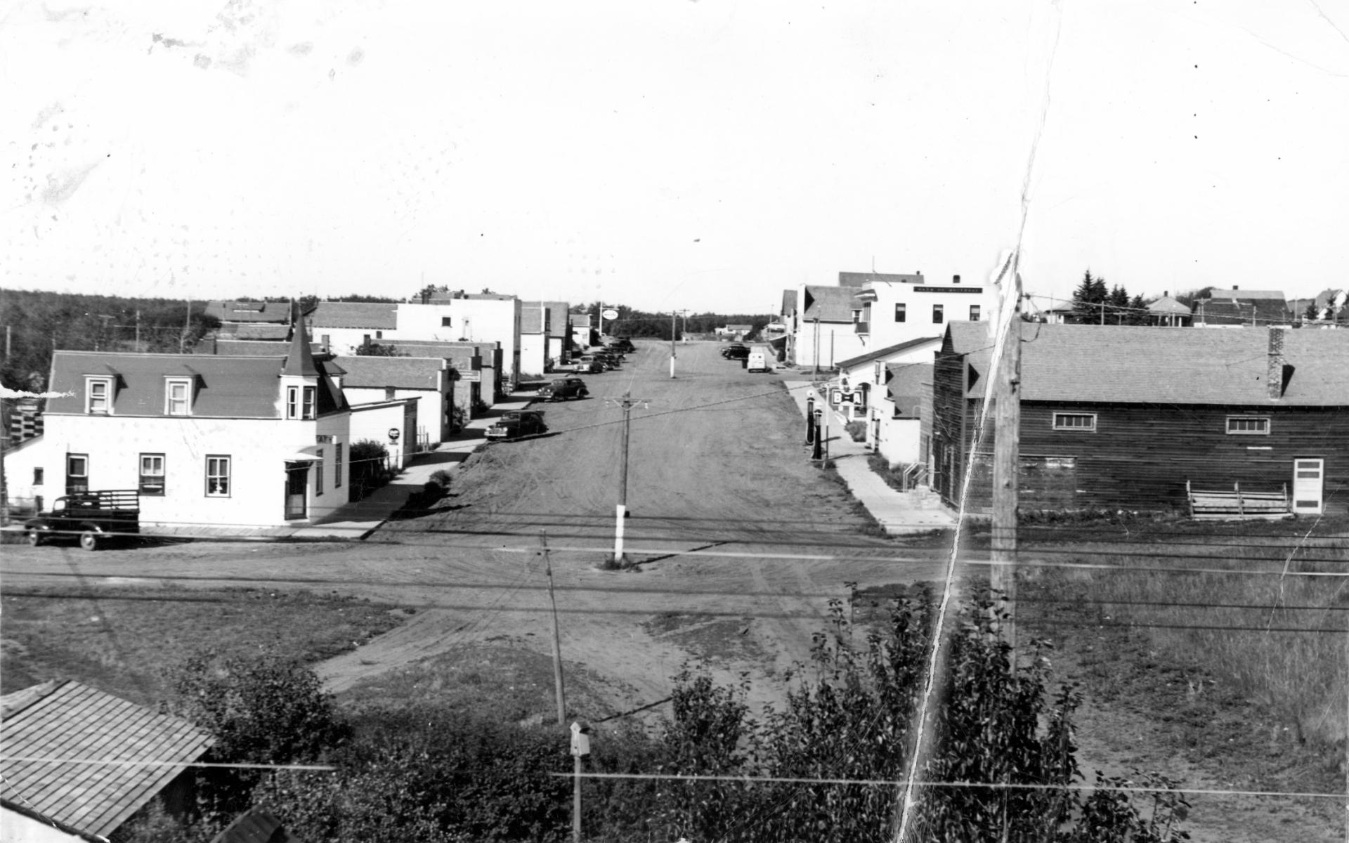 Allison - Main St. from railway station.jpg