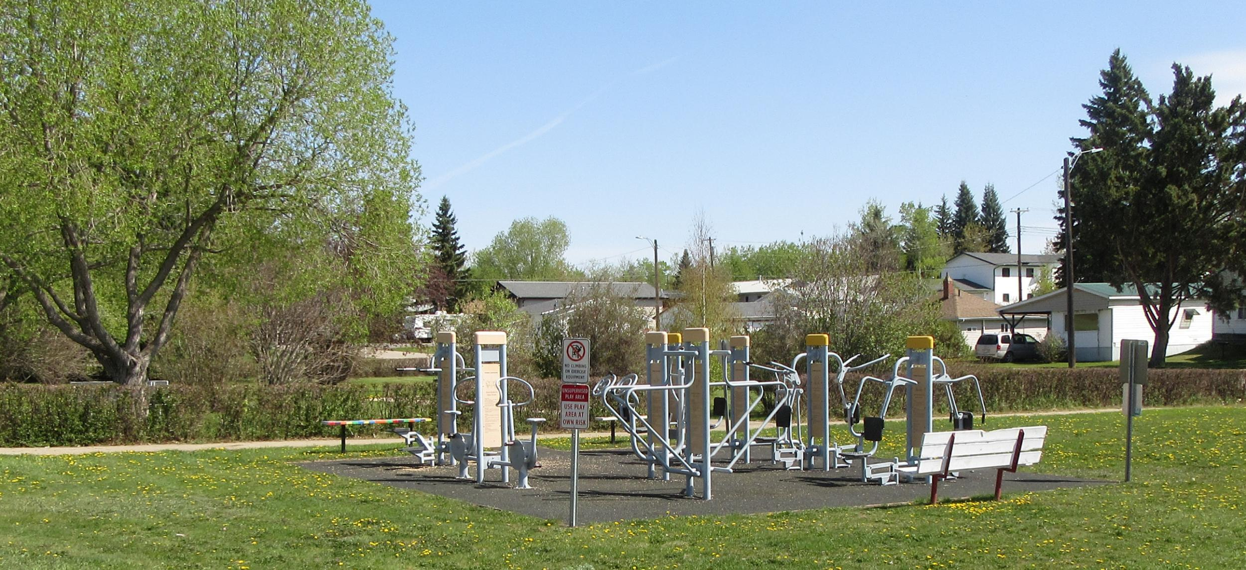 Outdoor gym.jpg